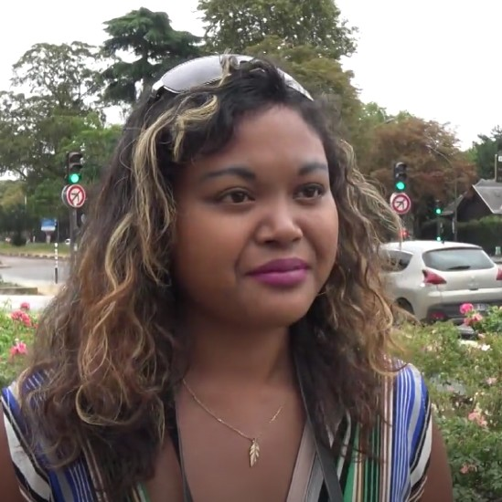 Lilia - Lilia, touriste nymphomane [HD 720p] - JacquieEtMichelTV