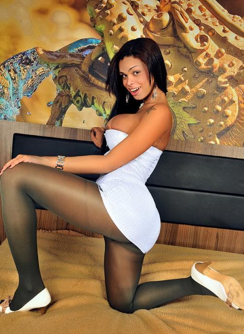 Juliana Vidal - Hardcore