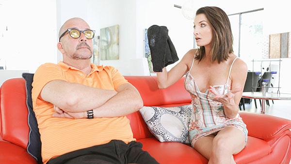 FamilyStrokes.com: Silvia Saige - Stepmom Found My Jizz Rag [HD 720p] (Old and Young)