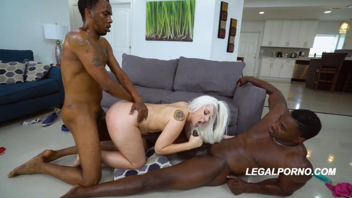 Sunny Chase, Charlie Mac, Jax Slayher - Bigg Titty Phat Booty Sunny Chase 1st DP AA026 [FullHD, 1080p]