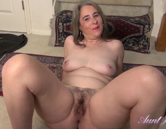 AuntJudys: Grace - Cleans Up Before Getting Dirty [FullHD 1080p] (1 Gb)