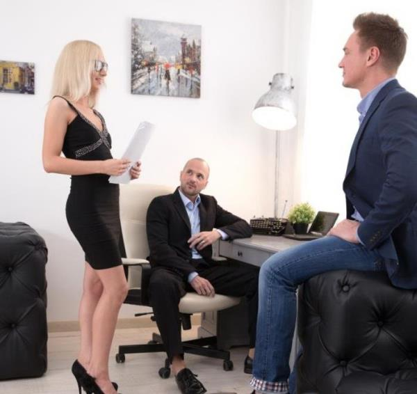 Bambi Dee - Bambis Office Double Dicking (2018/FullHD)