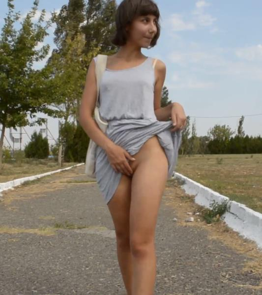 lillie8stephen - Got caught filming outdoor vid (2018/FullHD)