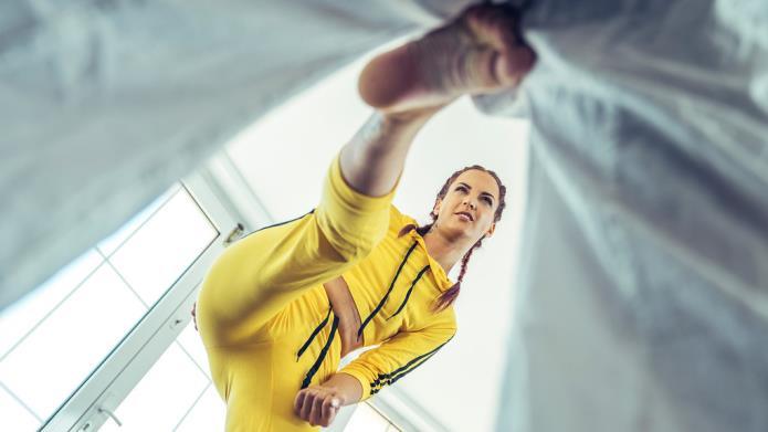 Kung Fu Fight School / Lyen Parker / 04-09-2018 [SD/480p/MP4/310 MB] by XnotX