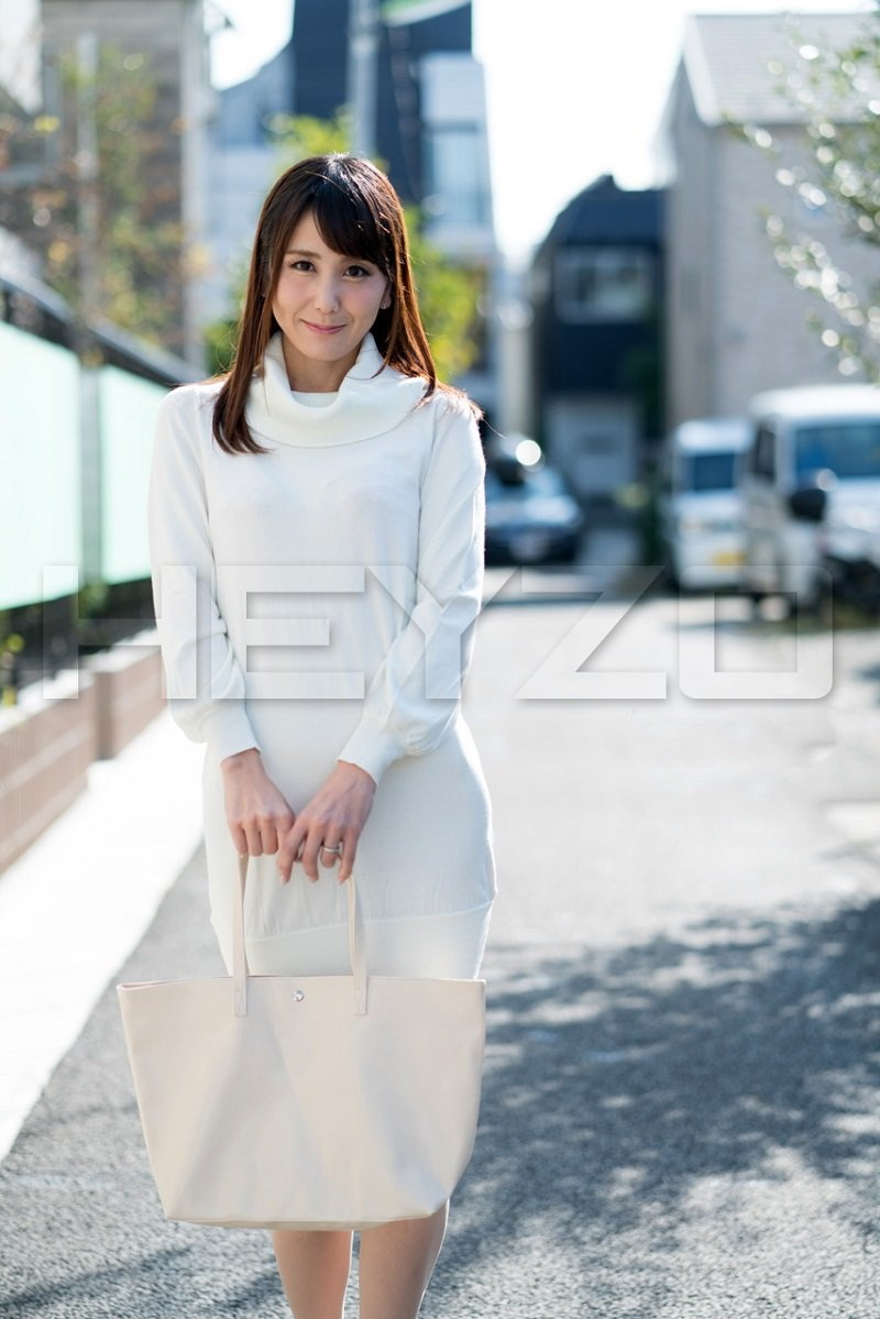 Saori Okumura - Milf Wifes Betrayal-= (Heyzo) [SD 540p]