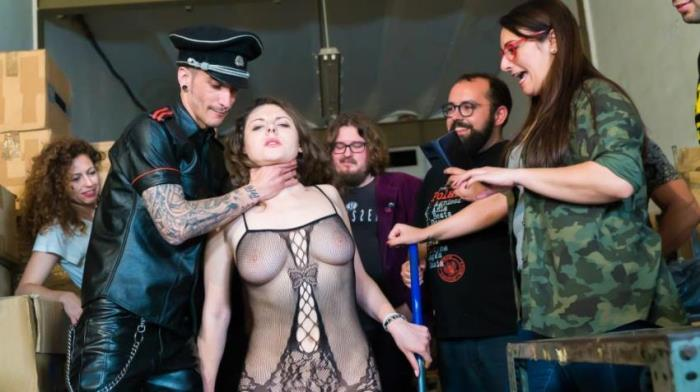 CROWDBONDAGE.com/PornDoePremium.com - Sofia Curly - BEAUTY AND THE BONDAGE BEAST [HD 720p]