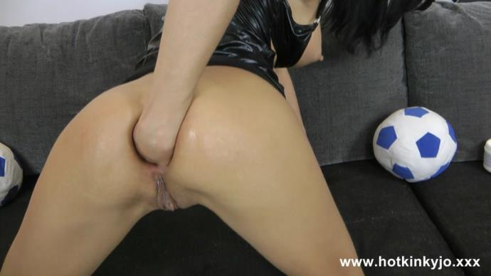 HotKinkyJo - Archives I love Balls [FullHD, 1080p]