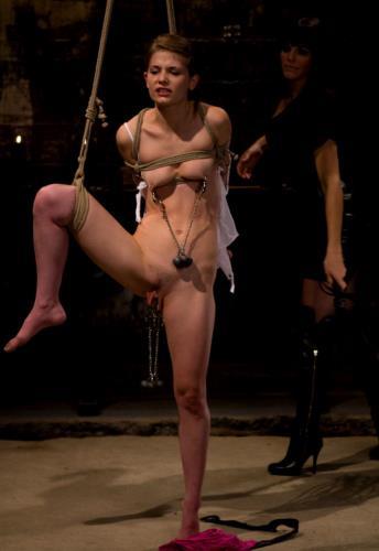 Bobbi Starr, Sensi Pearl - Petite Bondage Slut: Sensi Pearl (HD)