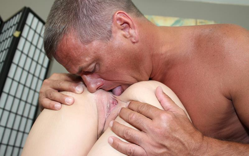 Shelby Paige - My Very First Anal (FamilyLust) [HD 720p]
