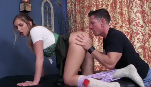 Summer Brooks - Daddys Little Girl Scout (FullHD)