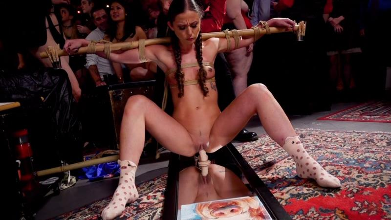 Aiden Starr, London River, Amilia Onyx - Anal MILF And Busty Teen Service The BDSM Swinger Orgy (Kink) [HD 720p]