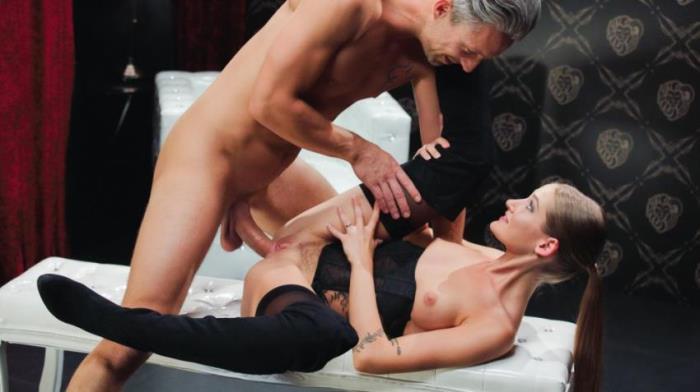 xChimera.com/PorndoePremium.com: REAL SEXUAL ENERGY (Tiffany Tatum) - Blowjob [SD 480p]