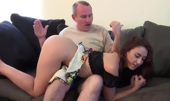 Clips4Sale: Daughter Seduces Dad - Amateur [2018] (SD 480p)