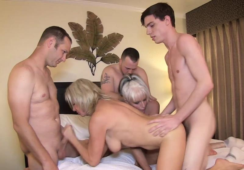Clips4Sale.com - Sally D'Angelo, Payton Hall - Mommy Gang Bang [HD 720p]