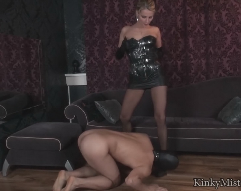 KinkyMistresses.com - Natalie Black - Smell The Mistress [HD 720p]