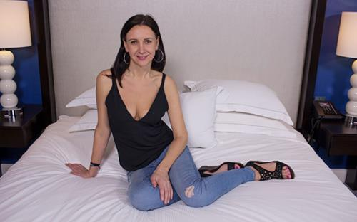 Petra - Tall European all natural babe (2018/HD)