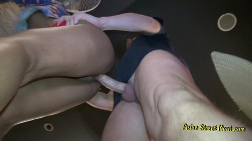 Skinny Saket. Asian street sex in public. [2018, Asian, Thai, Shaved, Blowjob, Petite, 1080p]