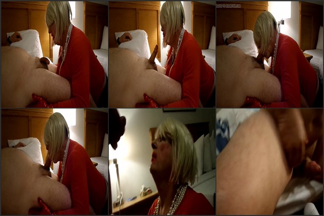 Beautiful Crossdressers like they fu*k in the ass (amateur)