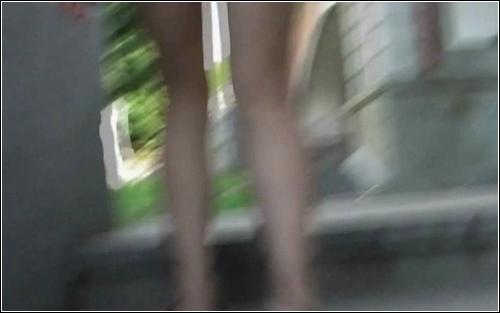 Upskirt_No_Panties_3042._0,