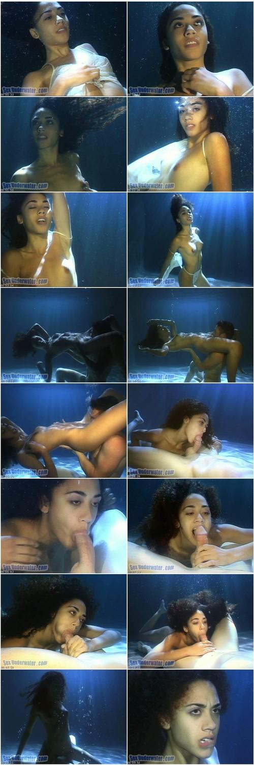 SexUnderwater-p555_thumb_m.jpg