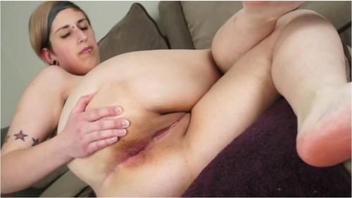 http://ist5-1.filesor.com/pimpandhost.com/9/6/8/3/96838/5/W/h/o/5WhoG/SexygirlfartingVZ112_cover_m.jpg