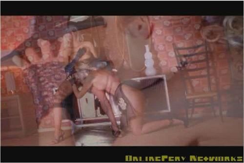 http://ist5-1.filesor.com/pimpandhost.com/9/6/8/3/96838/5/Z/i/e/5ZieR/Anita%20Blond-y117_cover_m.jpg