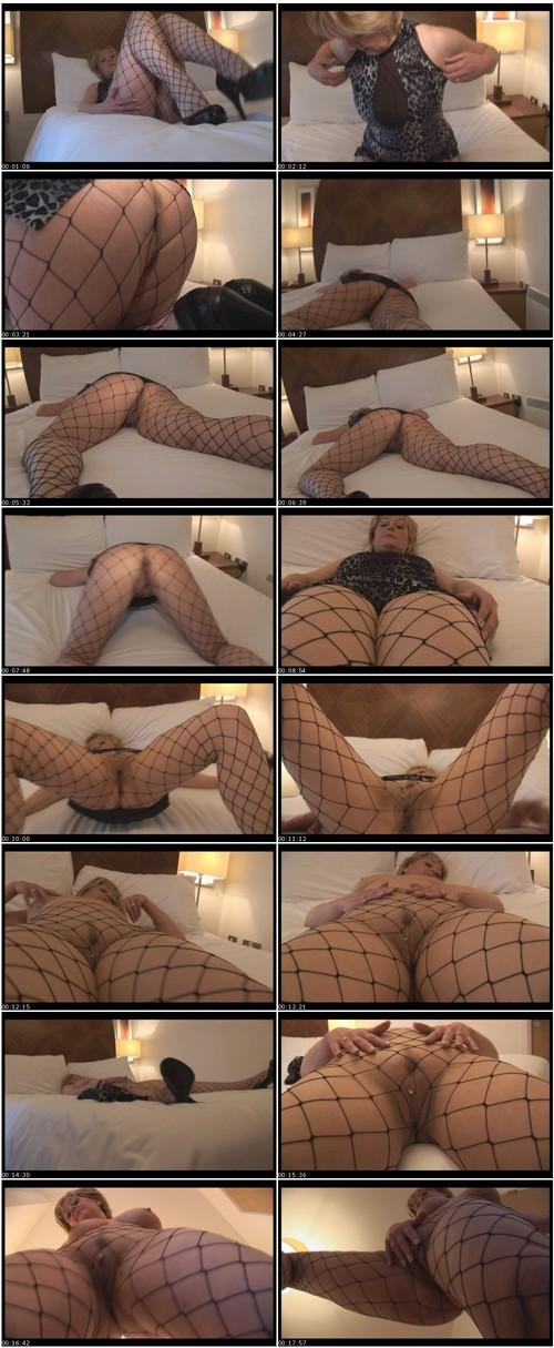 http://ist5-1.filesor.com/pimpandhost.com/9/6/8/3/96838/6/2/g/5/62g5w/Mature-Erotic-y162_thumb_m.jpg