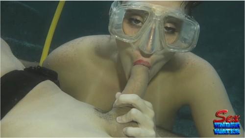 http://ist5-1.filesor.com/pimpandhost.com/9/6/8/3/96838/6/9/U/3/69U3r/SexUnderwater099_cover_m.jpg
