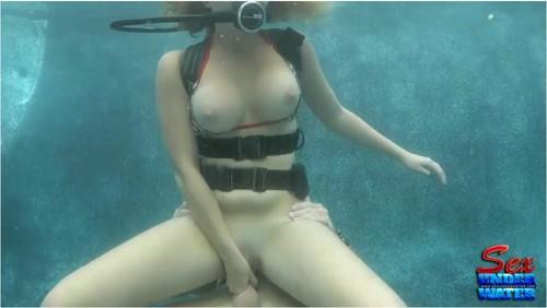 http://ist5-1.filesor.com/pimpandhost.com/9/6/8/3/96838/6/9/Z/z/69ZzD/SexUnderwater171_cover_m.jpg