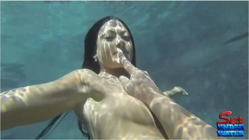 http://ist5-1.filesor.com/pimpandhost.com/9/6/8/3/96838/6/a/D/O/6aDO3/SexUnderwater433_cover_m.jpg