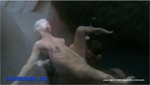 http://ist5-1.filesor.com/pimpandhost.com/9/6/8/3/96838/6/a/j/a/6ajaa/SexUnderwater286_cover_m.jpg
