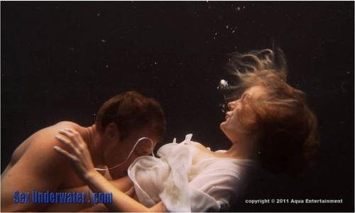 http://ist5-1.filesor.com/pimpandhost.com/9/6/8/3/96838/6/a/w/F/6awFi/SexUnderwater378_cover_m.jpg