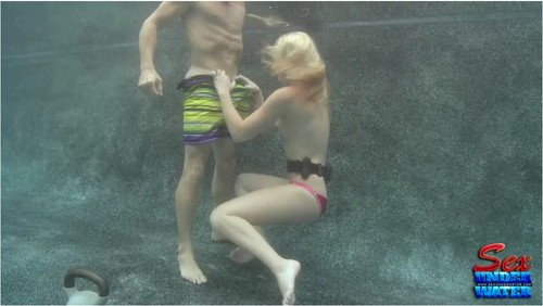 http://ist5-1.filesor.com/pimpandhost.com/9/6/8/3/96838/6/a/x/0/6ax0N/SexUnderwater381_cover_m.jpg