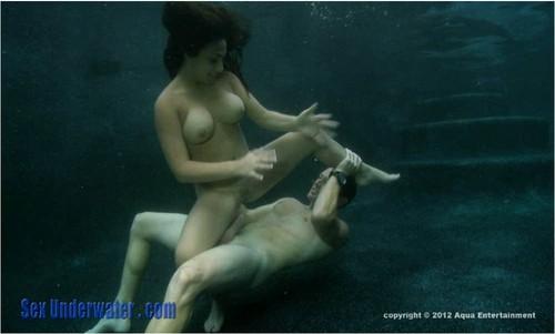 http://ist5-1.filesor.com/pimpandhost.com/9/6/8/3/96838/6/a/y/1/6ay1K/SexUnderwater393_cover_m.jpg