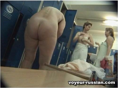 http://ist5-1.filesor.com/pimpandhost.com/9/6/8/3/96838/6/c/2/w/6c2wy/Voyeur-russian025_cover_m.jpg
