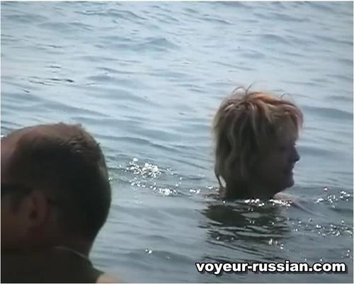 http://ist5-1.filesor.com/pimpandhost.com/9/6/8/3/96838/6/c/3/E/6c3Ee/Voyeur-russian048_cover_m.jpg