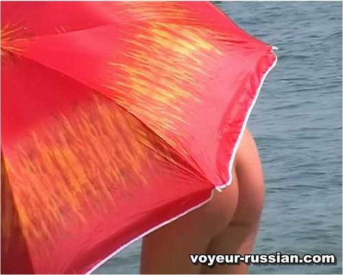 http://ist5-1.filesor.com/pimpandhost.com/9/6/8/3/96838/6/c/3/g/6c3gG/Voyeur-russian038_cover_m.jpg