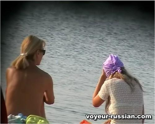 http://ist5-1.filesor.com/pimpandhost.com/9/6/8/3/96838/6/c/5/q/6c5qI/Voyeur-russian104_cover_m.jpg