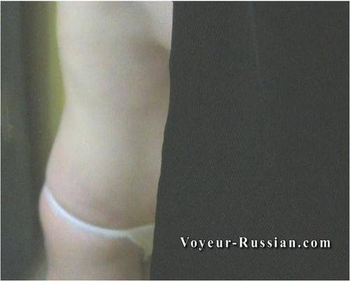 http://ist5-1.filesor.com/pimpandhost.com/9/6/8/3/96838/6/c/7/b/6c7bw/Voyeur-russian140_cover_m.jpg