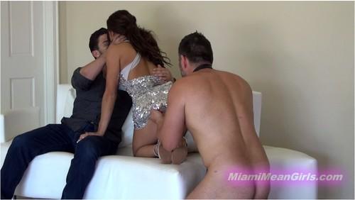 http://ist5-1.filesor.com/pimpandhost.com/9/6/8/3/96838/6/c/S/R/6cSRM/MiamiMeanGirls239_cover_m.jpg