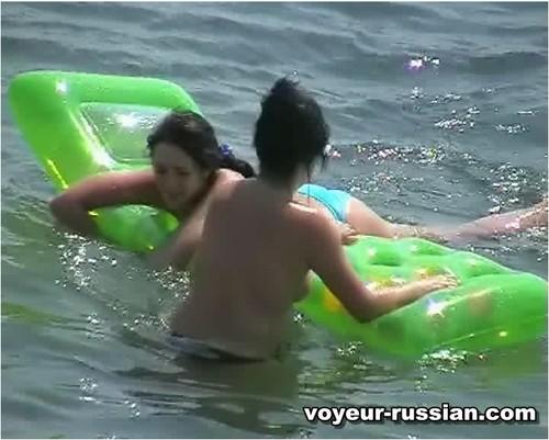 http://ist5-1.filesor.com/pimpandhost.com/9/6/8/3/96838/6/c/d/d/6cddB/Voyeur-russian289_cover_m.jpg