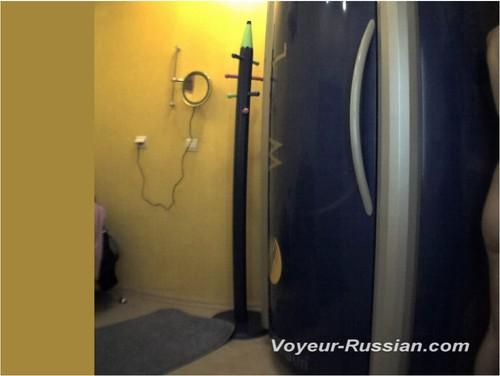 http://ist5-1.filesor.com/pimpandhost.com/9/6/8/3/96838/6/c/d/n/6cdnF/Voyeur-russian301_cover_m.jpg