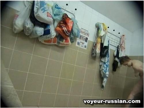 http://ist5-1.filesor.com/pimpandhost.com/9/6/8/3/96838/6/c/e/K/6ceK4/Voyeur-russian366_cover_m.jpg