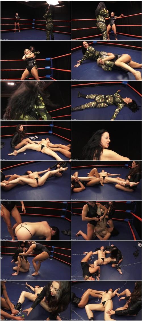 WrestlingandpainVZ095_thumb_m.jpg