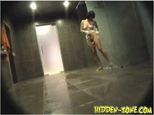 http://ist5-1.filesor.com/pimpandhost.com/9/6/8/3/96838/6/e/x/W/6exW5/Hidden-zoneShower%20Room546_cover_m.jpg