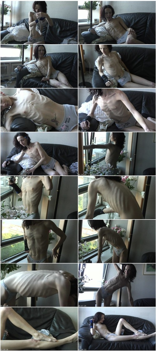 http://ist5-1.filesor.com/pimpandhost.com/9/6/8/3/96838/6/f/X/2/6fX2y/Anorexia-b028_thumb_m.jpg
