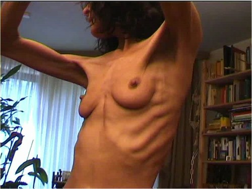 http://ist5-1.filesor.com/pimpandhost.com/9/6/8/3/96838/6/f/X/n/6fXnX/Anorexia-b035_cover_m.jpg