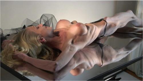 http://ist5-1.filesor.com/pimpandhost.com/9/6/8/3/96838/6/f/Y/V/6fYVX/Anorexia-b063_cover_m.jpg