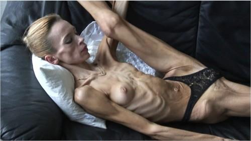 http://ist5-1.filesor.com/pimpandhost.com/9/6/8/3/96838/6/f/Z/E/6fZEy/Anorexia-b080_cover_m.jpg
