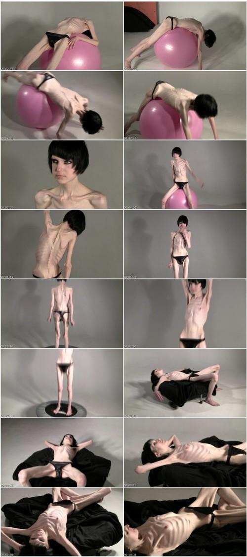 http://ist5-1.filesor.com/pimpandhost.com/9/6/8/3/96838/6/f/Z/n/6fZn9/Anorexia-b069_thumb_m.jpg